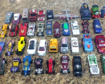 40 Vintage Matchbox Cars Hot Wheels Care, Toy Cars, 1970s - 80s Hot Wheels