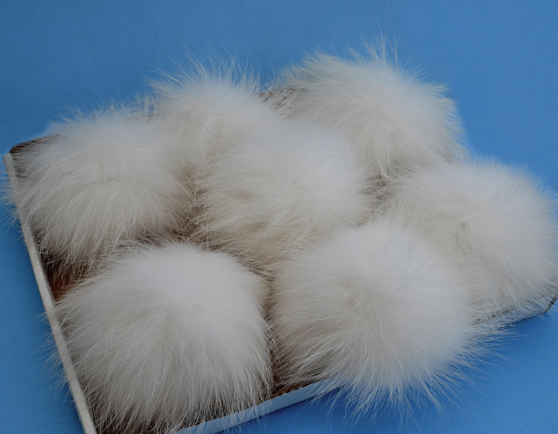 3289b26bb31 8 to 85 EXTRA LARGE WHITE Pom Poms Fur Pom Pom