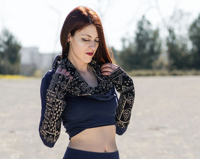 Boho Hooded crop top. Long sleeve top. Elven top. Hooded sweater. Festival top. Festival clothing. Gypsy top. Burning man. Elven clothing