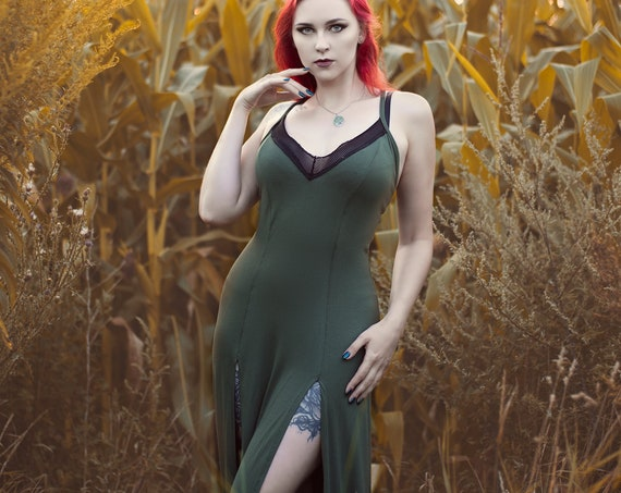 Strap maxi long dress. Green boho long dress.  V neck long dress. Festival maxi dress. Maxi Red green dress. Wedding dress. Organic dress