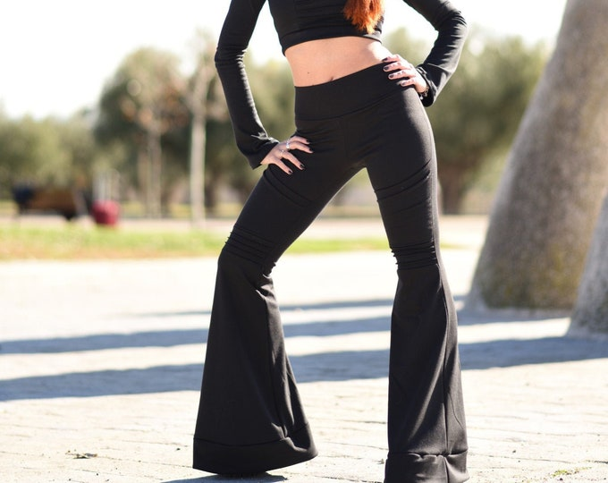 Winter Bell bottoms with pockets. Cyber punk pants. Goth Black flare pants. Festival flare pants. Steampunk flare pants. Goth clothes
