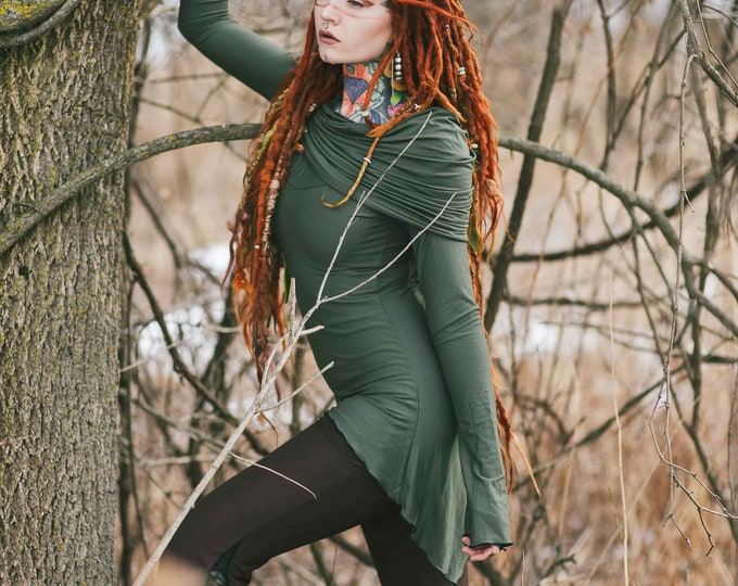 Green hooded sweater with sleeves, Goth dress. Pixie tunic dress. Fairy dress. Goth clothes. Pixie clothing. Elven dress. Medieval clothing