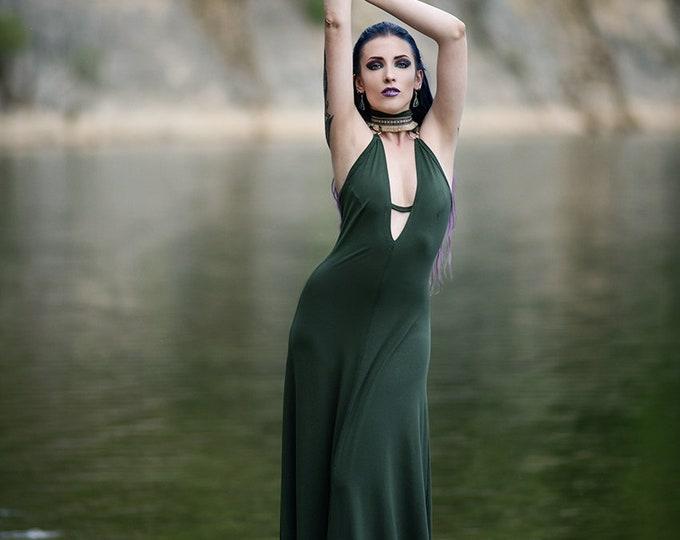 Green Wedding boho dress. Maxi long halter dress. Bohemian maxi dress. V-neck maxi dress. Summer green bridesmaids dress. Organic maxi dress