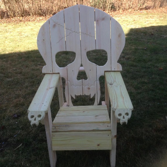 Adirondack Chair Sedie Da Giardino.Skull Chair Adirondack Chair Yard Furniture Solid Wood Construction Skeleton Themed Huge Big Sized Chair