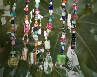 Rainbow suncatcher driftwood art - Crystal suncatcher - Suncatcher windchimes - Hanging bead mobile - Boho chic decor - Garden ornament -