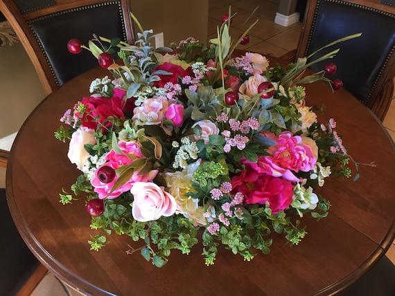 Groovy Wedding Floral Spring Floral Arrangement Elegant Floral Centerpiece Xxl Floral Arrangement Xxl Centerpiece Wedding Centerpiece Interior Design Ideas Tzicisoteloinfo