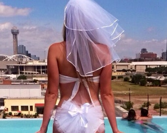 Same Day Shipping!  Bachelorette Party Set - Booty veils and Headpiece Veil - Hen Party Bridal set