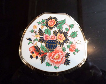 Vintage Stratton Compact floral design 1960's signed stratton England