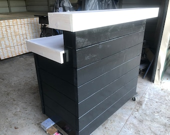 Hello Shabby Black/White - Shabby Chic Rustic Barn Wood Style, Pallet Style 2 level Reception desk
