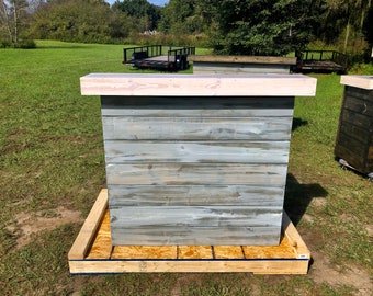 Hello Shabby White Top - Shabby Chic Rustic Barn Wood Style, Pallet Style 2 level Reception desk