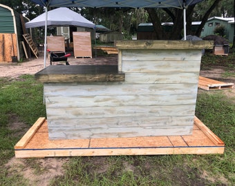 LaVonne Shabby - Pallet style rustic reception desk, bar  or sales counter