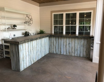 The Shabby Barn Reverse L 9 x 9 foot Shabby Chic Rustic Barn Wood or Pallet Style Bar, Sales Counter or Reception Desk