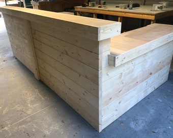 Large U shaped Hello Shabby Unfinished - 6 x 10 x 6 Shabby Chic Rustic Barn Wood Style, Pallet Style 2 level Reception desk, w/caster shp 1k