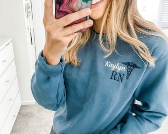 Personalized Nurse Rn, Cna ,Bsn, Rrt Pullover Sweatshirt, Personalized Gift For Nurse Student, Crewneck Fleece Sweatshirt