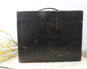 Vintage Wooden Storage Box with Hinged Lid Latch and Top Handle, Antique Primitive Black Wood Box, Vintage Wooden Box, Wood Storage Box