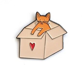 Enamel Pin // Cat pin // Cat in a box // Cats love boxes // lapel pin