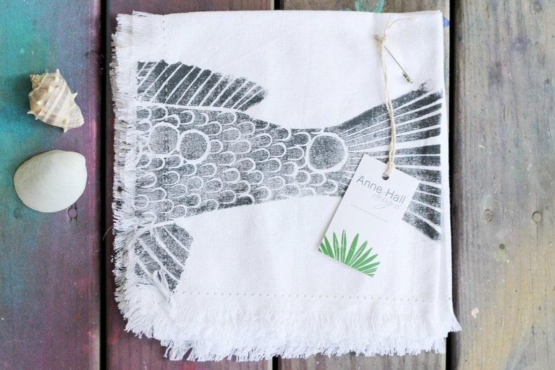 Redfish Napkins Head & Tail Fish Napkin Set image 0