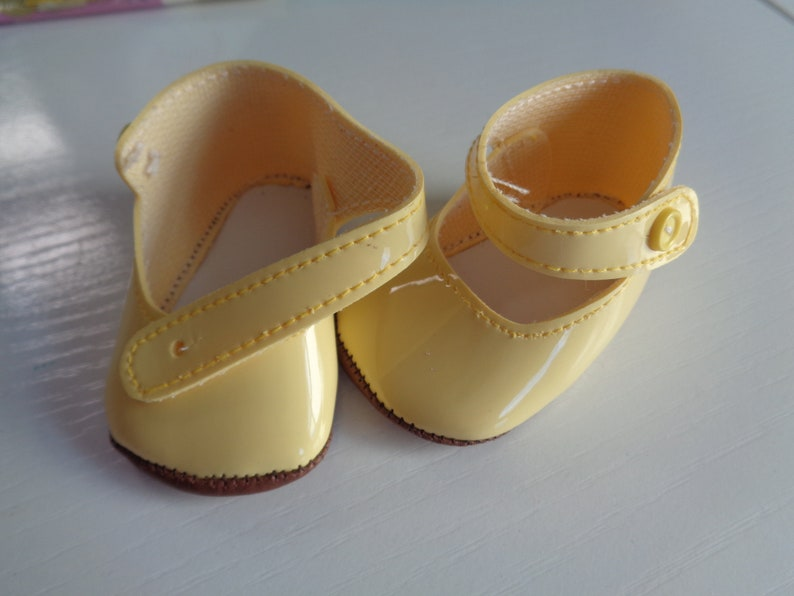 415b9263c5cc Light Yellow Patent Leather Mary Jane Doll Shoes for 18