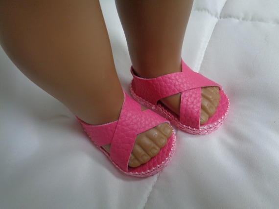 Pink and White Sandals for Wellie Wisher Dolls