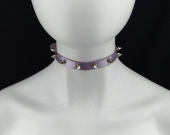 Small fashion choker collar black leather with small silver cone tree spikes and green rhinestone Delicate choker genuine leather
