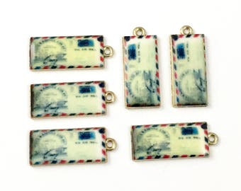 6 enveloppe charms gold tone and enamel ,11mm x 22mm  #CH 430