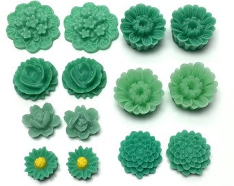 14 pcs resin cabochon flowers ,assorted sizes,#FL135