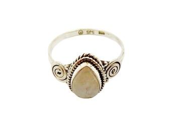 Janavi Moonstone Ring | Ssread Silver