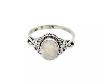 Ring Nisha Moonstone | Ssread Silver