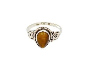 Janavi Tiger Eye Ring | Ssread Silver