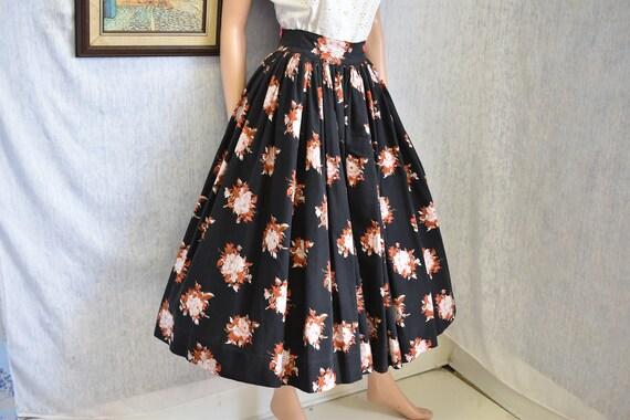 "50s M 26"" Cotton Skirt Black Red Pink Rose Print"