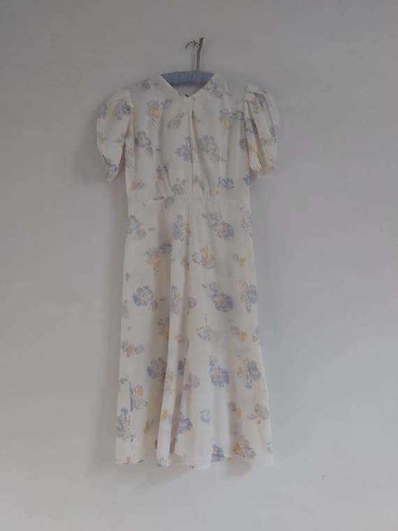 Vintage 1930's floral print cotton tea dress