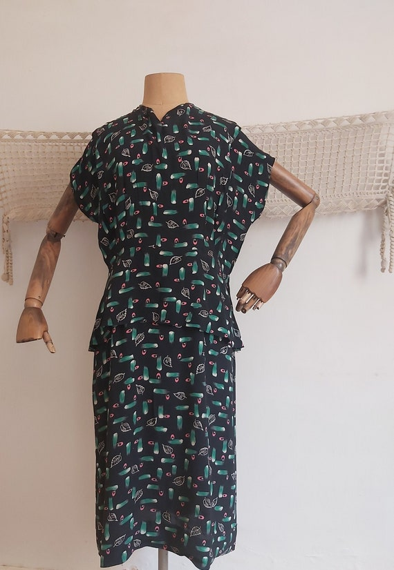 Vintage 1930's Novelty leaf print  rayon tea dress