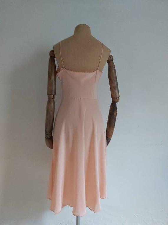 Vintage 30s salmon pink silk slip - image 5