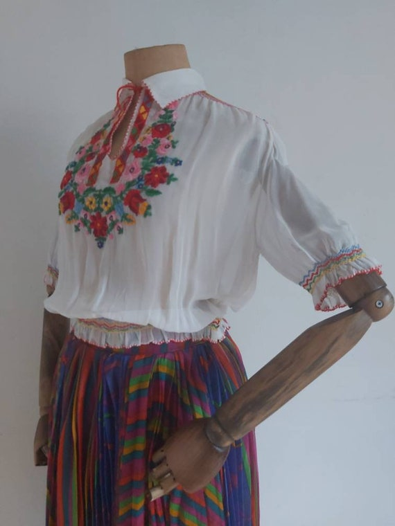 60's Hungarian hand embroidered peasant blouse
