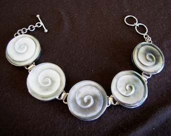 Sterling Silver Grey Mother of Pearl Spirals Bracelet