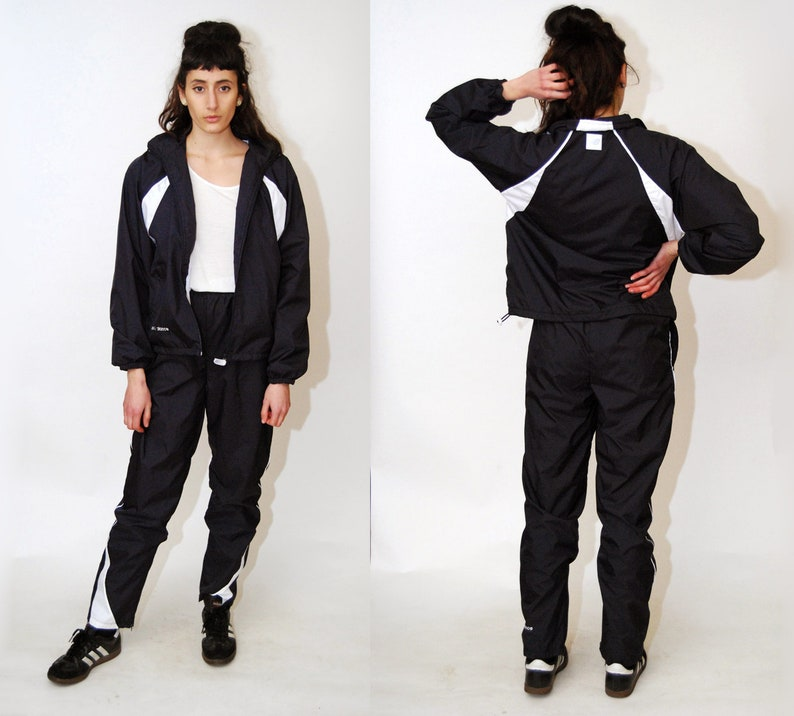 e181755f1e2c0 NEW BALANCE TRACKSUIT (M) vintage 90s track suit navy blue white medium  jacket pants trousers colorblock men women ...
