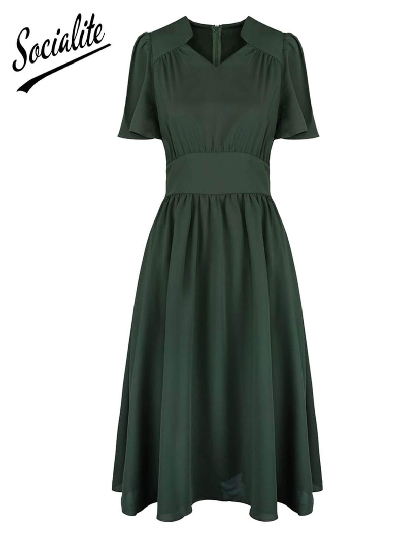 1940s Dress Styles- Casual to Cocktail     Socialite Replica 1940s Vintage Style Heathland Green Starlet Dress $81.17 AT vintagedancer.com