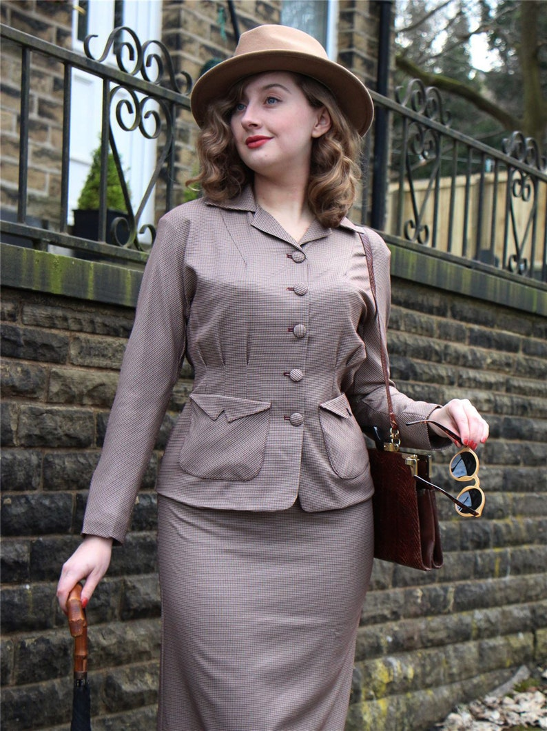 10+ Websites with 1940s Dresses for Sale Brown Check Victory Suit - Socialite Replica 1940s Womens Skirt Suit $144.87 AT vintagedancer.com