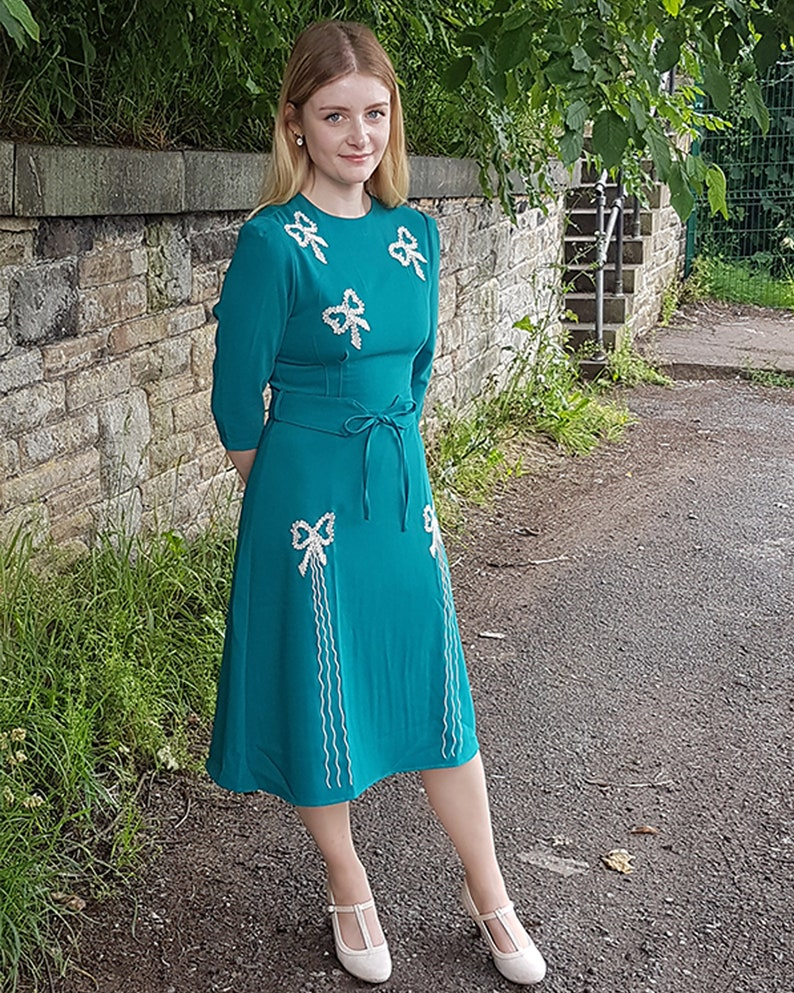 1940s Dress Styles Replica Vintage 1940s Jade Green Beau Belle Dress $121.73 AT vintagedancer.com