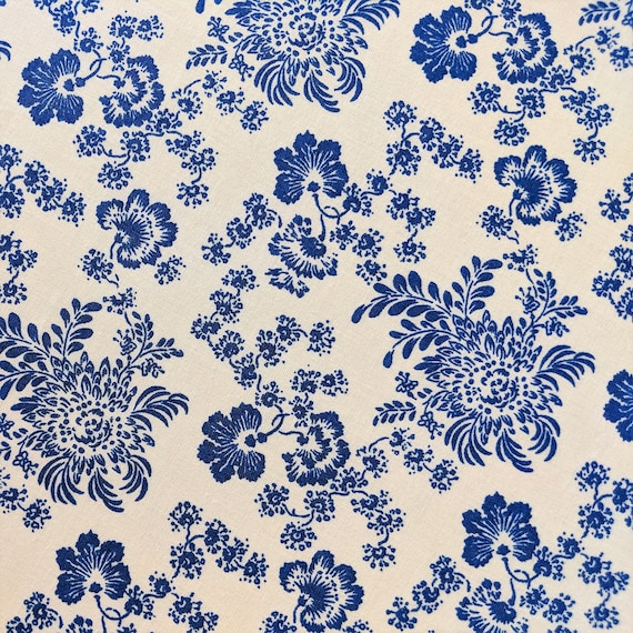 Brilliant Floral Fabric By The Yard Blue And White Fabric Floral Shabby Chic Quilt Cotton Urban Chic Quilting Treasures Delft Toile Fabric Home Interior And Landscaping Synyenasavecom