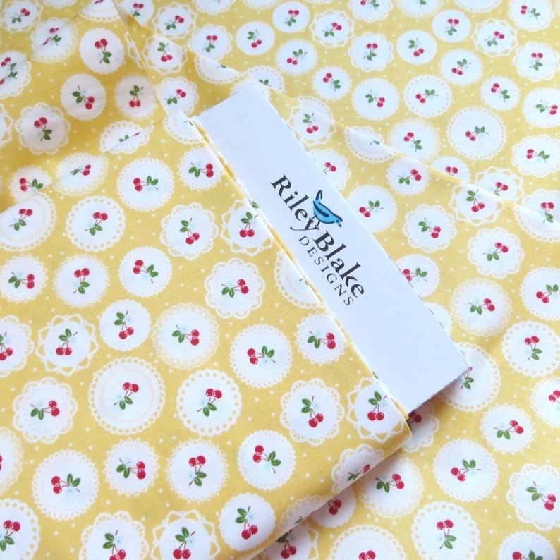 "New ""Fiesta"" By Windham Fabrics Fat Quarter Orange Swirl Cotton Quilting Fabric"