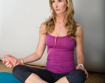 Radiant Orchid Workout Yoga Tank Top - Natural Breathable Merino Wool Clothes by Vielet Performance Merino