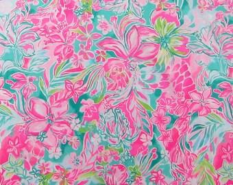 9d6cdbbfdd87 1 Yard Lilly Pulitzer 2019 Poplin Cotton Fabric Hot On The Scene