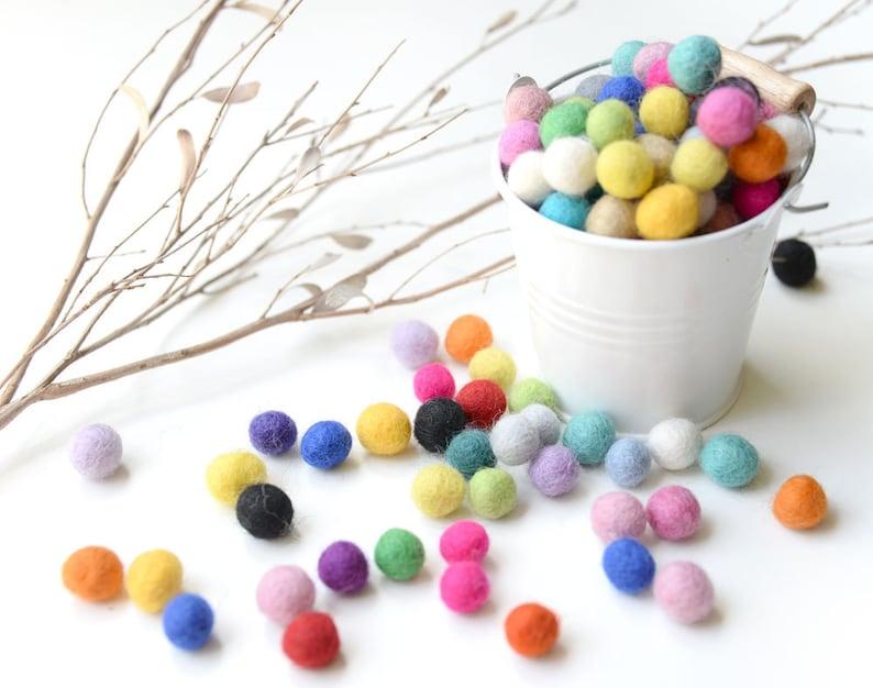 Felt Balls x100 Mixed Colours. 1cm to 1.5cm. Multicolour. image 0