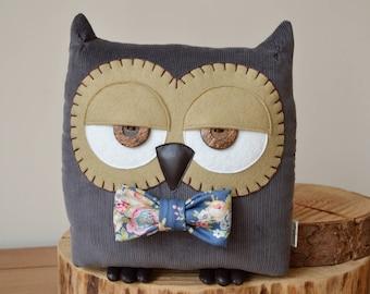Owl Cushion, Owl Pillow, Owl Interiors, Owl Gift, Shabby Chic, Country Owl, Plush Owl, Decorative Owl Pillow (Grey with Custom Bow Tie)