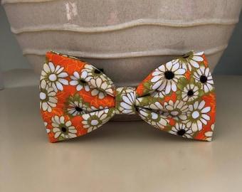 XL Dog Bow / Bow Tie - White Olive Daisy on Orange