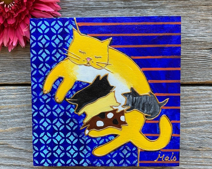 Original acrylic painting on wood frame, Cat with four kittens, blue background, hand paint by artist Isabelle Malo