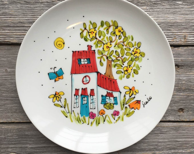 Serving plate, Cottage House plate, Red roof, Unique gift, Hand painted by isamalo