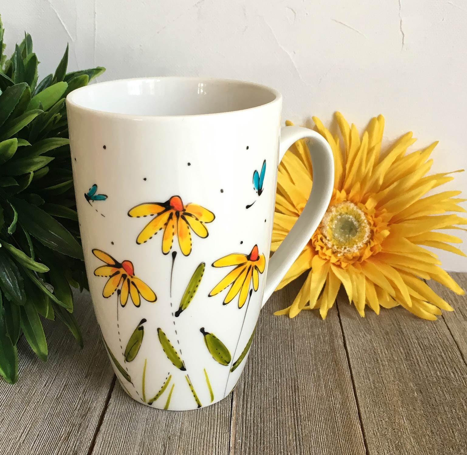541de8f18d1 Flower coffee mug, Porcelain, yellow daisy