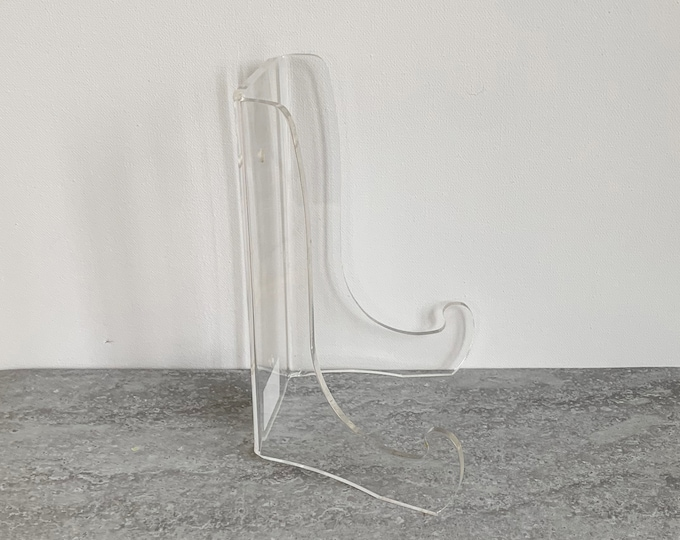 Clear acrylic display stand plate bowl